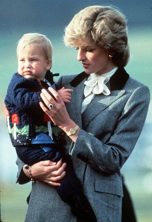 再les-plus-beaux-hommages-des-princes-harry-et-william-a-lady-diana-photo-3.jpg