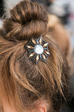 05-madamefigaroparis-hairstyle-170126.jpg