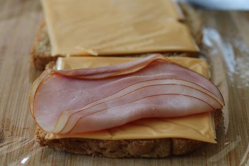 熱々とろ~りが病みつきに。チーズトーストはいかが?|ホームパーティレシピ|Gourmet|madameFIGARO.jp(フィガロジャポン)