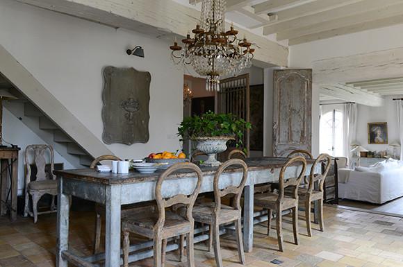 180611-dining.jpg