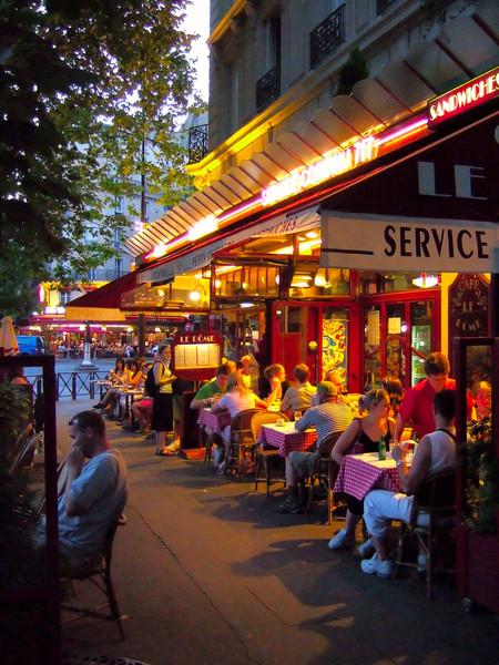 Paris_Cafe_Dusk.jpg