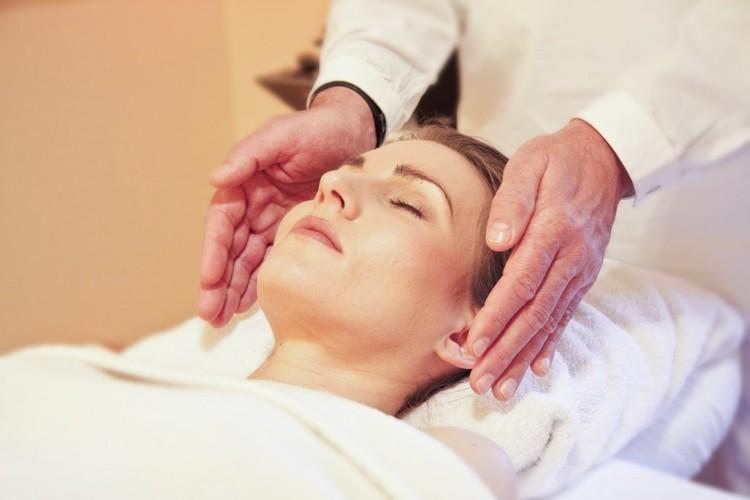 wellness_massage_reiki-982399.jpg!d.jpeg