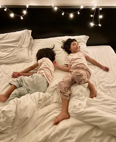 211011_Sleeping-.jpg
