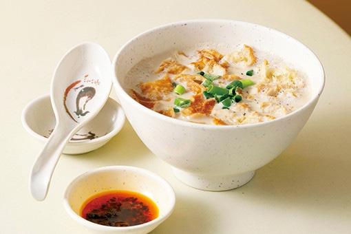 香港グルメ旅の味方、身体に優しい伝統の豆乳スープ。
