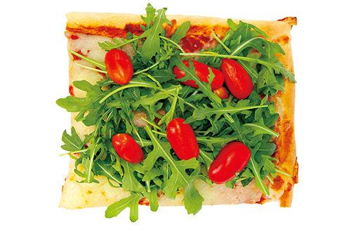 パリ散策の合間に、彩り豊かなピッツァを頬張って。