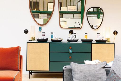 パリの人気デザイナー、サラ・ラヴォワンヌの旗艦店。