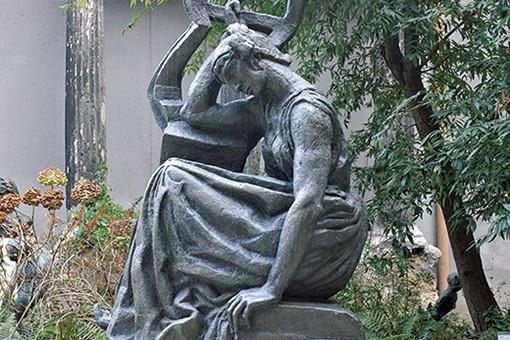 ロダンの弟子、ブールデルの彫刻をパリで楽しむ。
