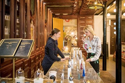 パリのビュリー2号店は、ビューティとカフェと花の店!