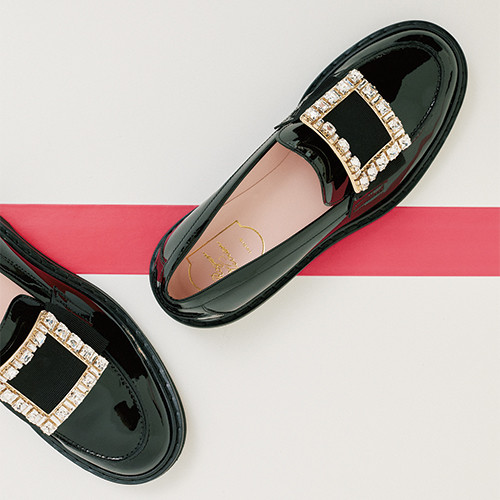 06-essential-item-shoes-and-bag-191016.jpg