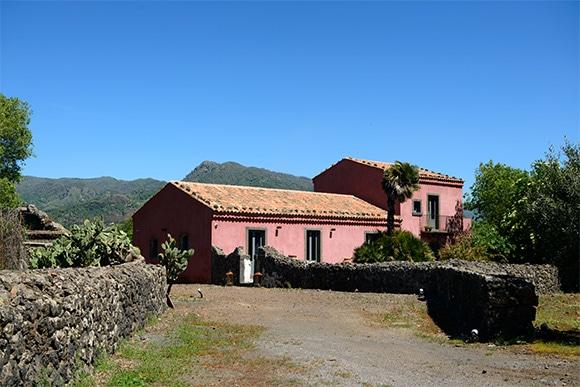 07-sicilia-wine-2-170623.jpg