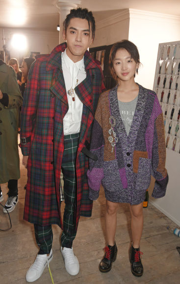 10_Kris Wu and Zhou Dong Yu wearing Burberry at the Burberry September 2017 Show.jpg