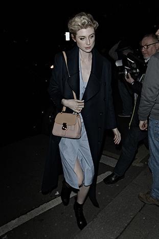 170410.17_Elizabeth Debicki wearing the Burberry small DK88 on Feb 20th in London.jpg