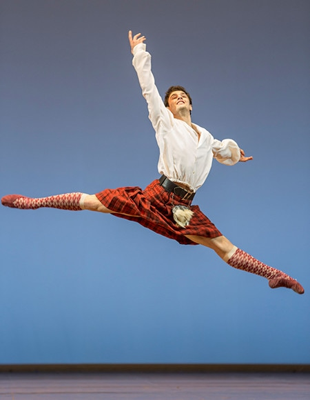 https://madamefigaro.jp/upload-files/180424-ballet-02.jpg