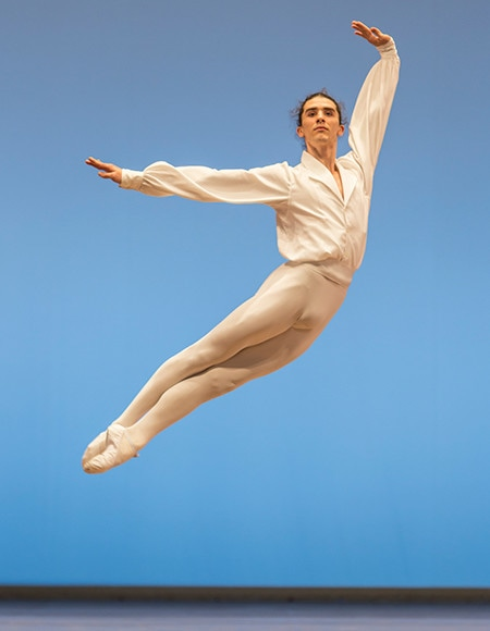 https://madamefigaro.jp/upload-files/180424-ballet-08.jpg