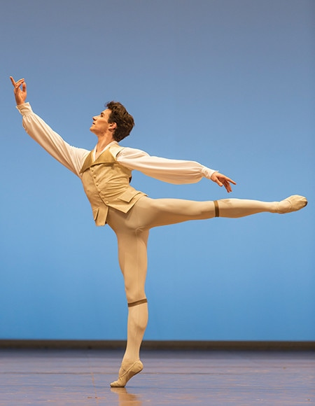 https://madamefigaro.jp/upload-files/180424-ballet-10.jpg