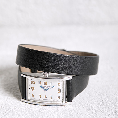 181112-watch-02.jpg