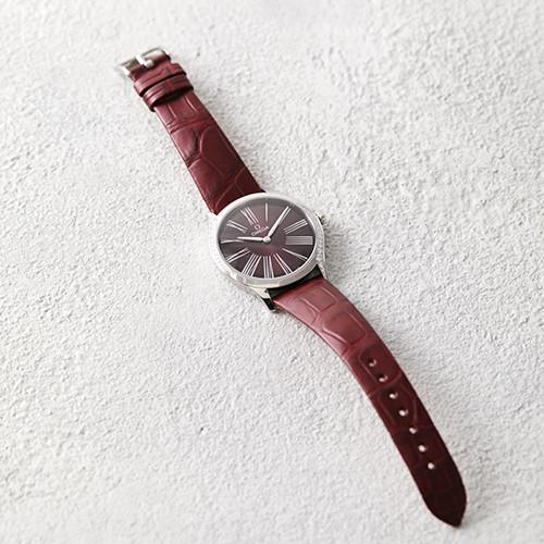 181112-watch-04.jpg