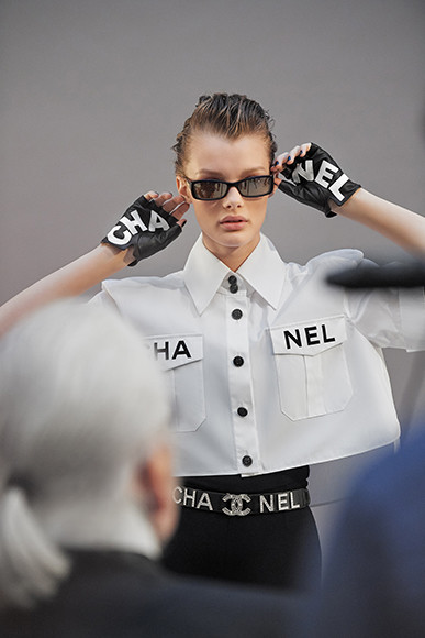 190327_chanel_16_pictures_by_Olivier_Saillant_LD.jpg