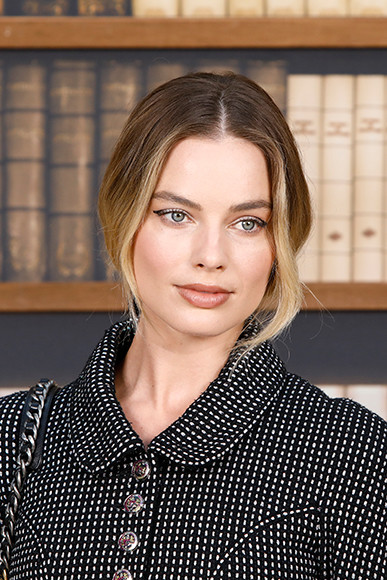 190710_chanel_09_Margot-ROBBIE_Fall-Winter-2019-20-Haute-Couture-Collection-1.jpg
