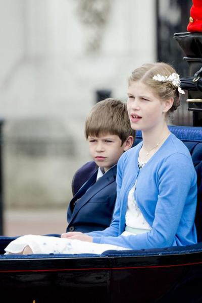 200601-mf-famille-royale-09.jpg
