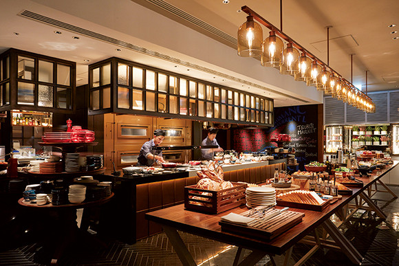 2102xx-hotel-restaurant1-06.jpg
