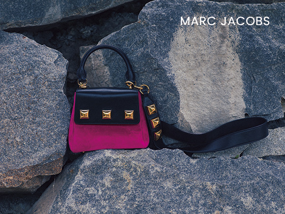 22-bag_and_shoes-feature-MARCJACOBS-october2018-180821.jpg