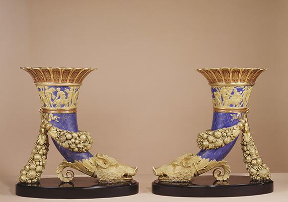 210112_18_paire de cornets antiques du service olympique © RMN-Grand Palais-musée du Louvre - Daniel Arnaudet.jpg