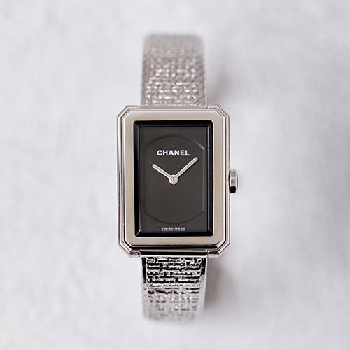 181112-watch-01.jpg