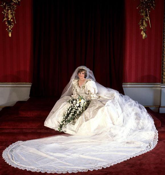 les-plus-beaux-hommages-des-princes-harry-et-william-a-lady-diana-photo-7.jpg