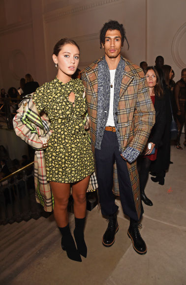7_Iris Law and Kelvin Bueno at the Burberry September 2017 Show.jpg