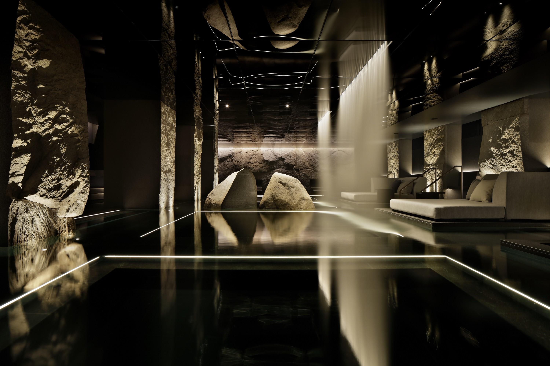 thermal spring02.jpg